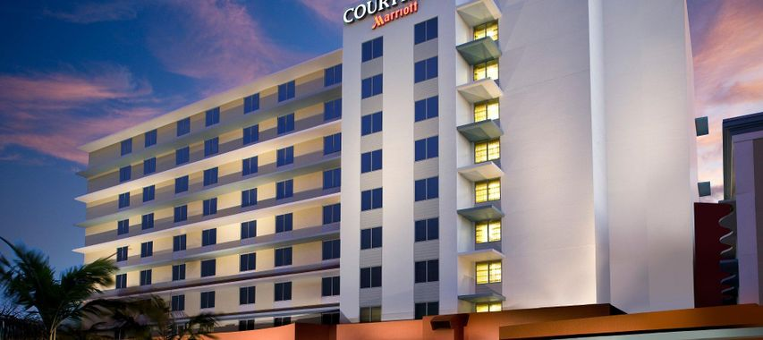 courtyard by marriott miami airport miami hot is no decolar. Black Bedroom Furniture Sets. Home Design Ideas