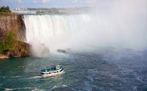 Cataratas del Ni�gara en un d�a: visita tur�stica de lujo de los lados canadiense y estadounidense