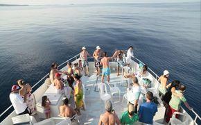 Crucero Al Atardecer Por La Bahia De San Andres