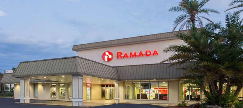 ramada inn miami airport north hialeah miami hoteles. Black Bedroom Furniture Sets. Home Design Ideas