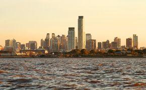 R�o de la Plata: navegaci�n y almuerzo