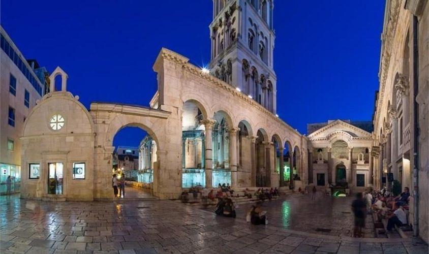 Apartments Belvedere A1 - 2 Br Apts, Split | Hoteles en ...