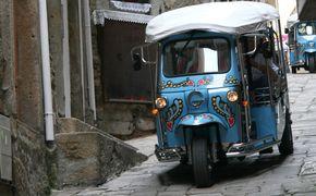 Excurs�o divertida de tuktuk em Porto