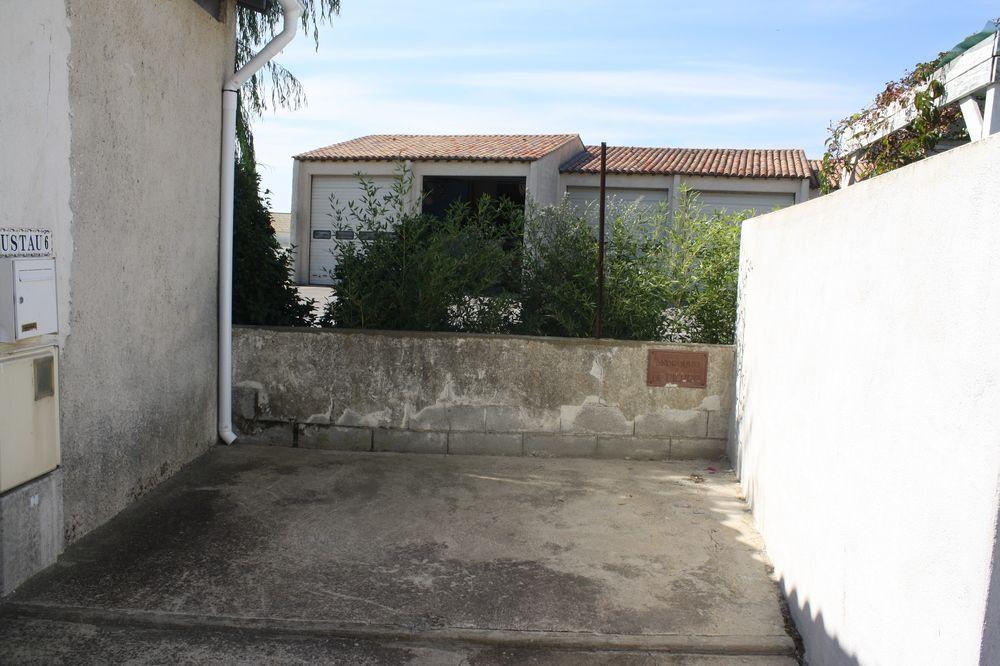 Chez L'Arlesienne