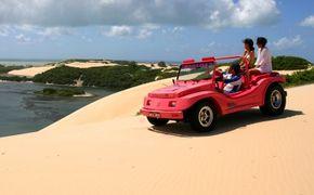 Passeio de buggy pelo Litoral Norte e dunas de Genipabu