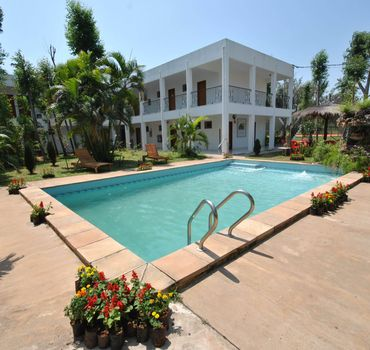 Hoteles en paraguay for Hotel luxsur encarnacion